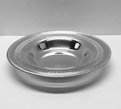 Vintage Round Silver-Plated WM Rogers 835 Serving Bowl With Filigree Design