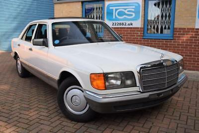 Mercedes-Benz 280SE Saloon Automatic W126 CLASSIC CAR