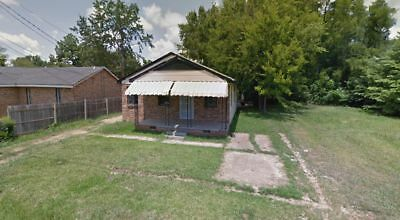 Highest Bidder Wins This Brick, 1,144 Square Foot Home in JACKSON MISSISSIPPI!!