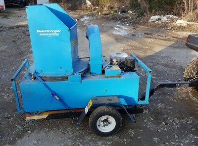 Goossen Straw Blower, Straw Chopper: Trailered, 11 hp Honda