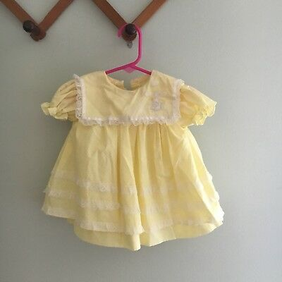 Vtg Yellow Baby Girl Dress Bunny Embroidered Collar With Pinafore 12m