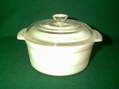 NICE 1950's VINTAGE FIREKING ANCHOR HOCKING 2 QT CASSEROLE DISH WITH LID # 1438