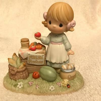 "Precious Moments Country Lane  307025   1997    Girl At Produce Stand ""Oh"