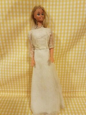 Barbie Vintage Doll In Wedding Dress Non Mint Condition 1966 Hong Kong