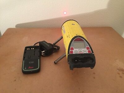 Leica Piper 200 Red Beam Pipe Laser w/Remote & Accessories