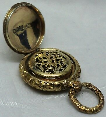 "Georgian Solid Silver Gilt Small Round ""watch Case"" Vinaigrette By Thomas Shaw"
