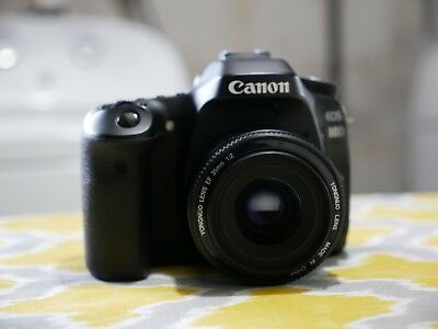 Canon 80D with lens