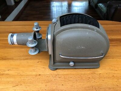Vintage Slide projector Noris Trumpf 250 WWII, Working, with case