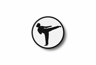 Patch badge insigne ecusson brode imprime thermocollant karate kimono fille
