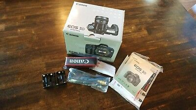 Canon 5d - classic - Body only in original box with acc, manuals & battery Grip