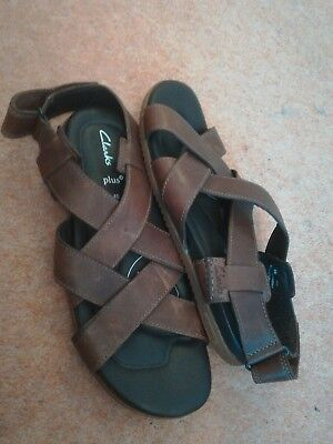 Mens Clarks UK10g plus brown leather sandals