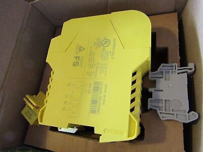 Phoenix PSR-SCP Series Safety Controller, 20 Safety Inputs 4 Outputs H7b 8016088