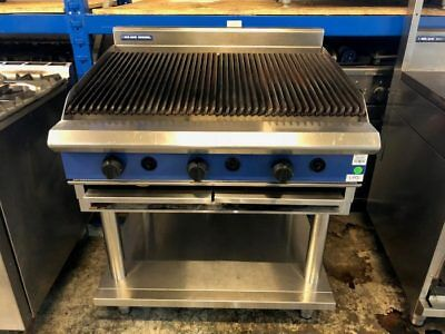 Blueseal Char grill 90cm with  stand LPG gas 6 burners fantastic for peri per...