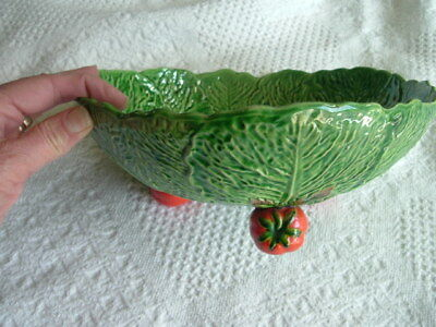 Maruhonware Md. In Japan Majolica Cabbage Salad Bowl w. Tomato Feet Minty