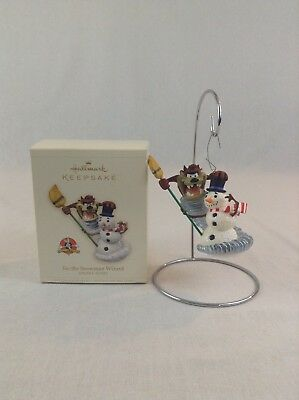 2006 Hallmark Keepsake Looney Tunes Taz The Snowman Wizard Christmas Ornament