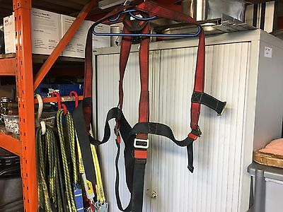 Safeline Universal Safety Harness SL10100