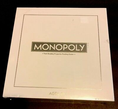 Monopoly Pearl Edition With Cat Token Piece (A6823)