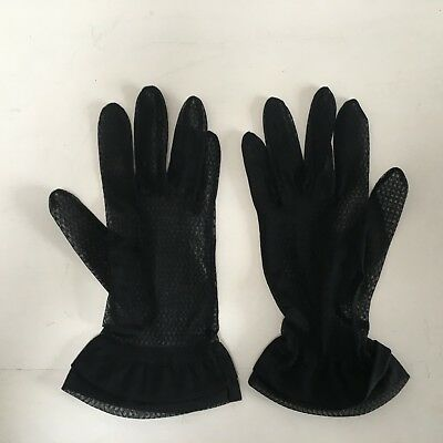 Vintage 1950s black nylon lace ladies gloves with frilled wrist size 7.5?