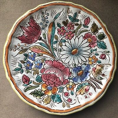 """Vintage Italy Art Pottery Hand Painted Multi Flowers & Color Plate 8-1/2"""""""