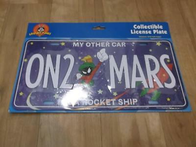 """LOONEY TUNES Marvin The Martian Liscense Plate """"ON 2 MARS"""""""