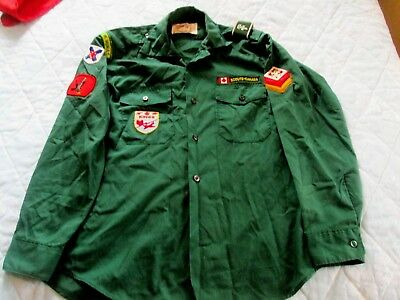 Boy Scouts of Canada Long Sleeve Green Shirt Size 13-13 1/2 With Badges