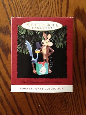 Hallmark Keepsake Ornament Road Runner And Wile E. Coyote 1994 Looney Tunes