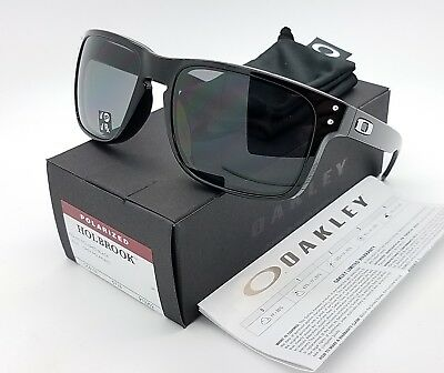 NEW Oakley Holbrook sunglasses Polished Black Grey Polarized 9102-02 AUTHENTIC