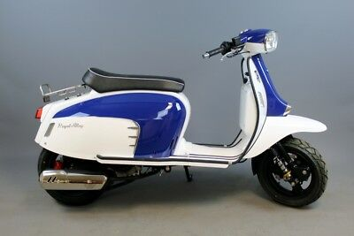 Royal Alloy GT125 Scooter in Stock at Retrospective Scooters of North London