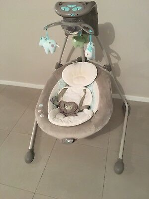 Ingenuity Bright Starts baby swing, in very good condition