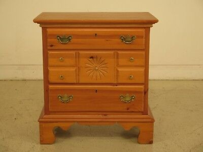 F43410:  LEXINGTON Country Pine 3 Drawer Accent Chest
