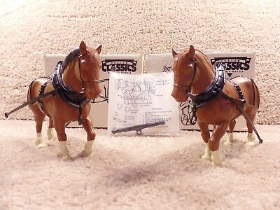 NEW Vintage Scale Models 1/16 Scale Diecast Two Brown Horse FX-1562 HB-0183