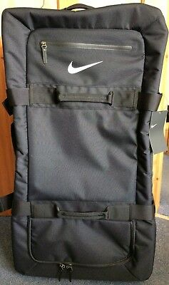 Nike Fiftyone49 Large Roller Suitcase - Athlete Issue - 120L Luggage Roller  Bag 69aaad85f264c