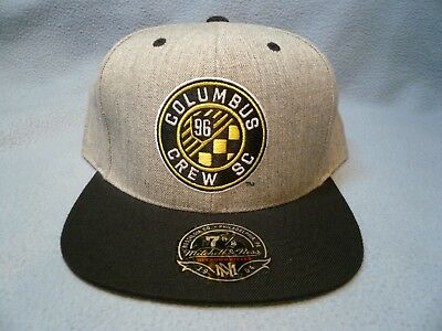 on sale 7e6d7 f7d4b Mitchell   Ness Columbus Crew SC Size 7 5 8 BRAND NEW cap hat Hi