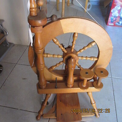 SPINNING WHEEL ASHFORD Traveller upright