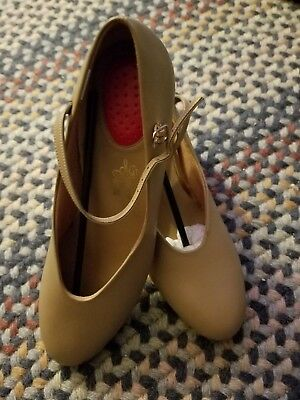 Character shoes size 10