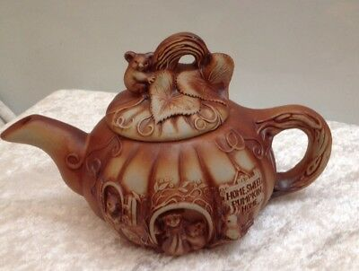 Vintage Swagman Home Sweet Pumpkin Home  Pottery Teapot Australiana