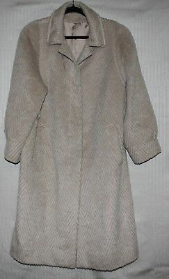 RARE find Womens coat 80% Mohair and 20% wool SUPER WARM SIZE 46