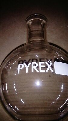 Laboratory Pyrex flask 1000ml flat bottom - boxes of 10 - FREE Delivery