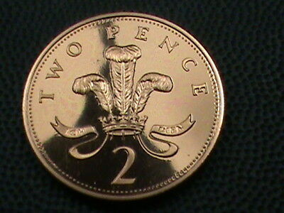 GREAT BRITAIN   2 Pence   1982   PROOF  ,   $ 2.99  maximum  shipping  in  USA