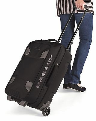 """Oakley Works 40L 21"""" Long Weekend Carry-On Travel Bag - New"""