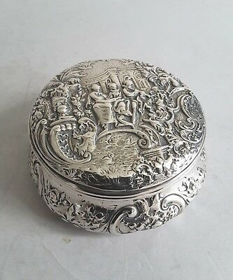 PRETTY ANTIQUE HANAU STYLE SOLID SILVER  LIDDED BOX.      MK'D 800      c.1900.