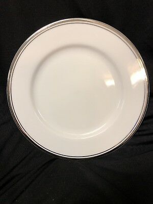 "Royal Doulton Royal Platinum Salad/Lunch Plate 7 3/4"" Great Condition! Free S/H!"
