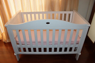 boori country white classic collection cot