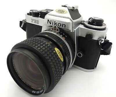 Camera NIKON FE2 with lens NIKKOR 35-70mm F/3.3-4.5 (READ DESCRIPTION)