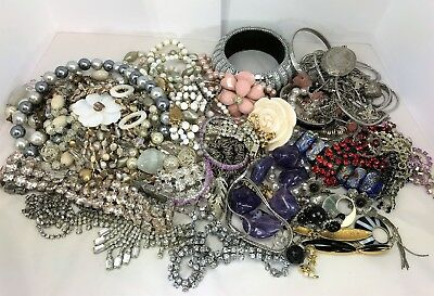Large Job Lot of Mixed Jewellery. Ideal for Resale, Wear or Crafts