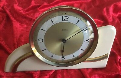 Art Deco 1930's Smiths Mantel Clock In V. Good Condition Made In G. Britain