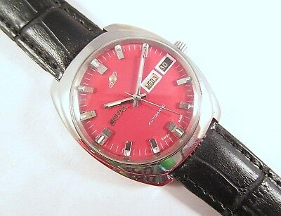 100% Vintage ENICAR DAY&DATE AUTOMATIC Red Dial Swiss Made Wrist Watch #N669