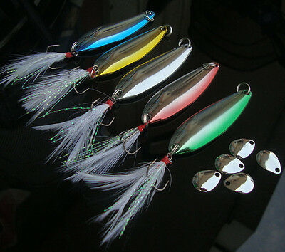 New 5pcs Lot Spoon Bass Metal Bait 6# Feather Hooks Fishing Lures Tackle 6cm 10g