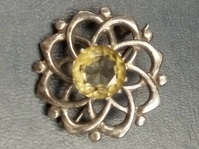 Antique Silver Brooch with Gemstone: Fully Hallmarked: Edinburgh: 1846-47