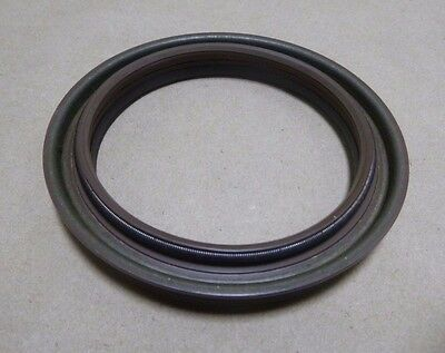 A-1205-Q-2435 Axle & Wheel Oil Seal For M1078 & M1083 Mtv Truck 5330-01-360-7753